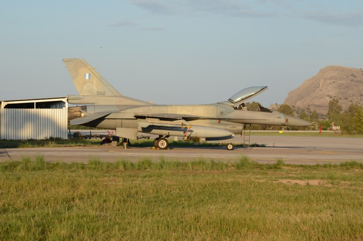 Fuerza Aérea Helénica: el F-16 Fighting Falcon del Ala de Combate 116 de la base aérea Araxos