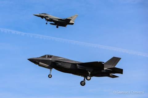 Eurofighter y F-35A JSF Lightning II