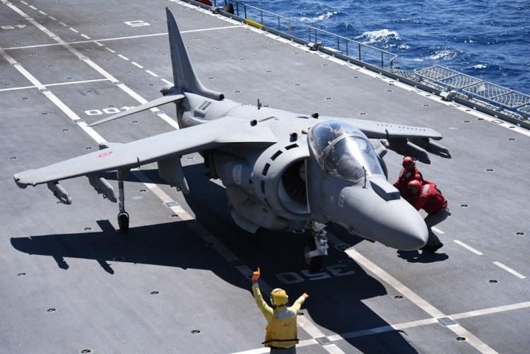 AV-8B Harrier II+ Armada Naval Italiana