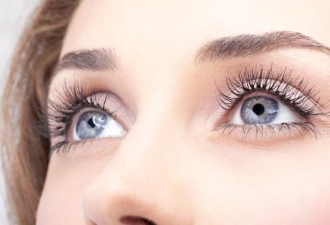 el color de tus ojos revela mucho sobre ti azules