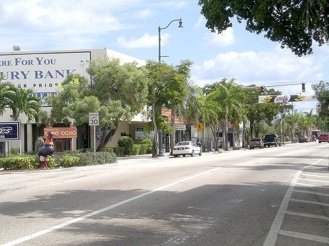 Calle Ocho en la Pequeña Habana, Florida