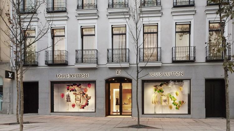 Resultado de imagen de foto tiendas de louis vuitton en madrid