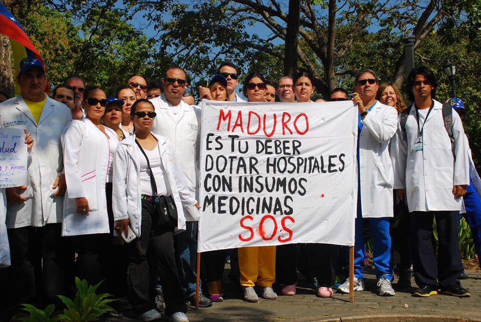 Médicos protestan por falta de insumos. Fuente: Notitarde.