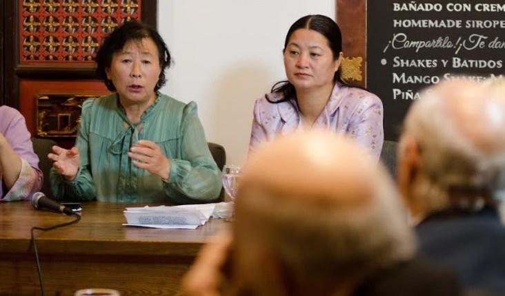 """""""A partir de 1999, sufrí una brutal persecución y perdí todo lo que tenía: un buen trabajo y una familia feliz"""", expresó Zhenjie. (Antonella Marty)"""