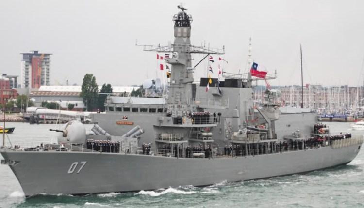 marinos-chilenos-chile-fuerza-armada-companeras-marineros