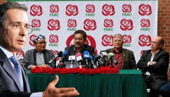 FARC insiste que detrás de los abucheos y desmanes estaría el Centro Democrático, partido del expresidente y senador Álvaro Uribe. (Fotomontaje PanAm Post)