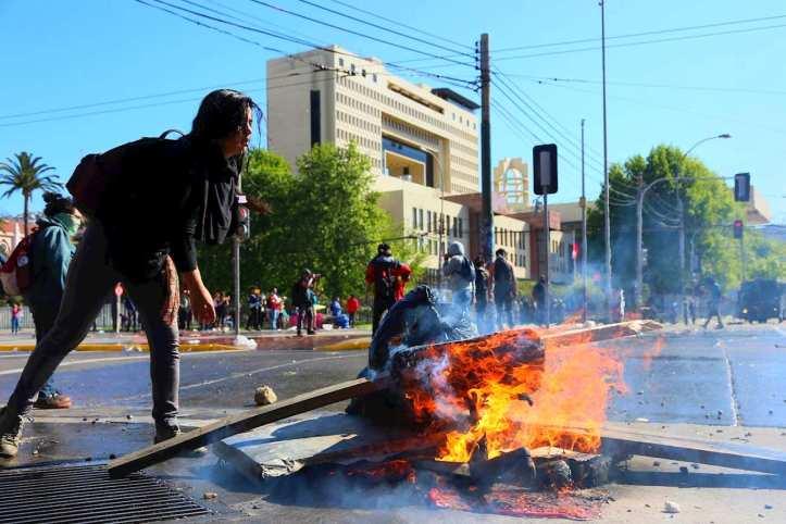 Resultado de imagen para izquierda manifestaciones chile