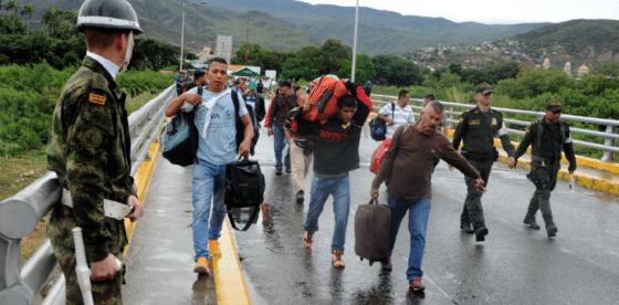 Colombia crea nuevos controles para miles de venezolanos migrantes y les reduce las opciones de salida