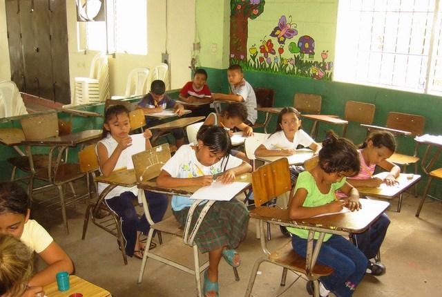 escuelas-salvador-inseguridad