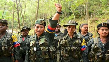Uno de los retos de la Justicia Especial para la Paz (JEP) será poner en la mesa de discusión terribles actos de violencia sexual que se cometieron por más de cinco décadas en las filas de esa guerrilla. (Twitter)