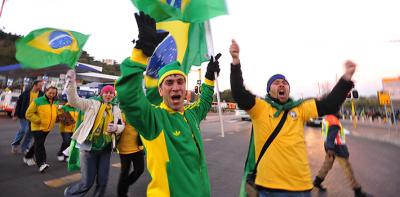 featured-brazil-world-cup-fans-400×197
