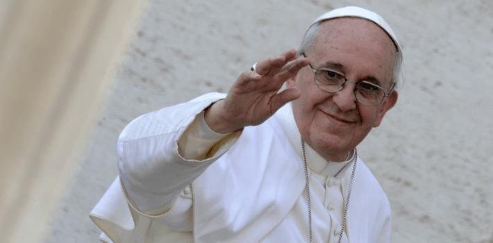 Las críticas del papa Francisco al dinero, coloca al hombre como una víctima, quitándole su poder de decisión. (Hondudiario.com)