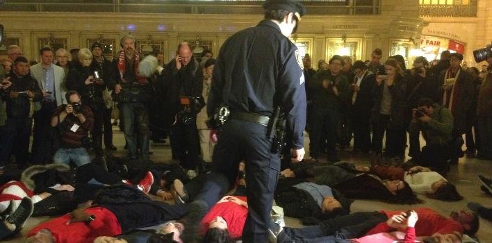 ft-new-york-protesta