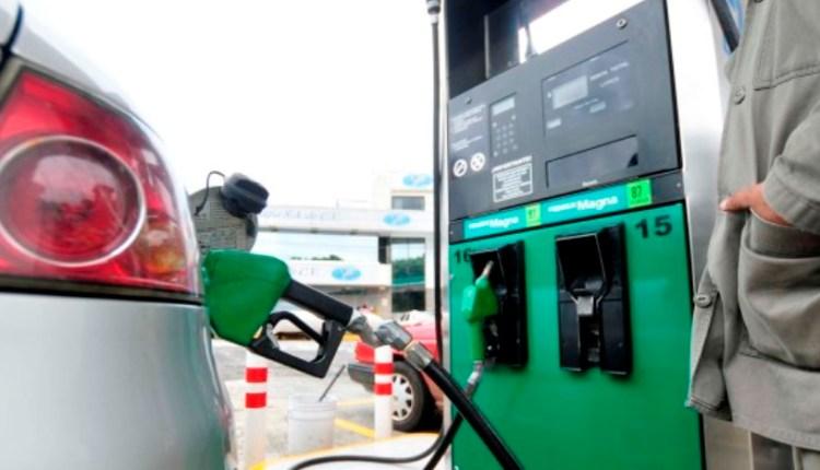 gasollinera-escasez-combustible-gasolina-cuba-la-habana