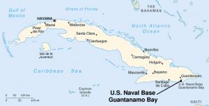 Además de los balseros, otros cubanos buscan asilo del régimen comunista en la base naval de Guantánamo. (Wikipedia)