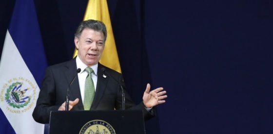 Luego de años de ser cómplice del chavismo, Santos obstaculiza la libertad a los venezolanos