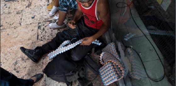 """""""Money art"""": el nuevo y creativo modo de darle valor a los billetes venezolanos"""