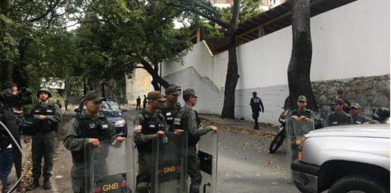 Maduro ordena incinerar cuerpo de Óscar Pérez sin permitir a familia reconocerlo en la morgue