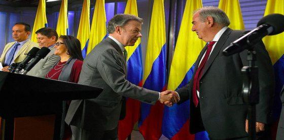 Santos volvió a prometer que no habrá impunidad en justicia especial acordada con FARC