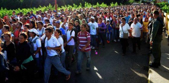 Cuando la realidad no importa: creencias sobre la llegada masiva de venezolanos a Colombia