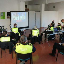 La Policía Local de Benicarló recibe formación sobre la normativa de circulación relativa a VMP