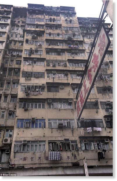 Hong Kong viven en jaulas1