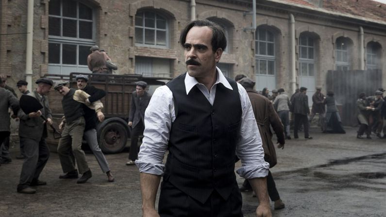 peliculas españolas ambientadas años 20 30 40 50 60 70 80 la sombra de la ley estreno cine