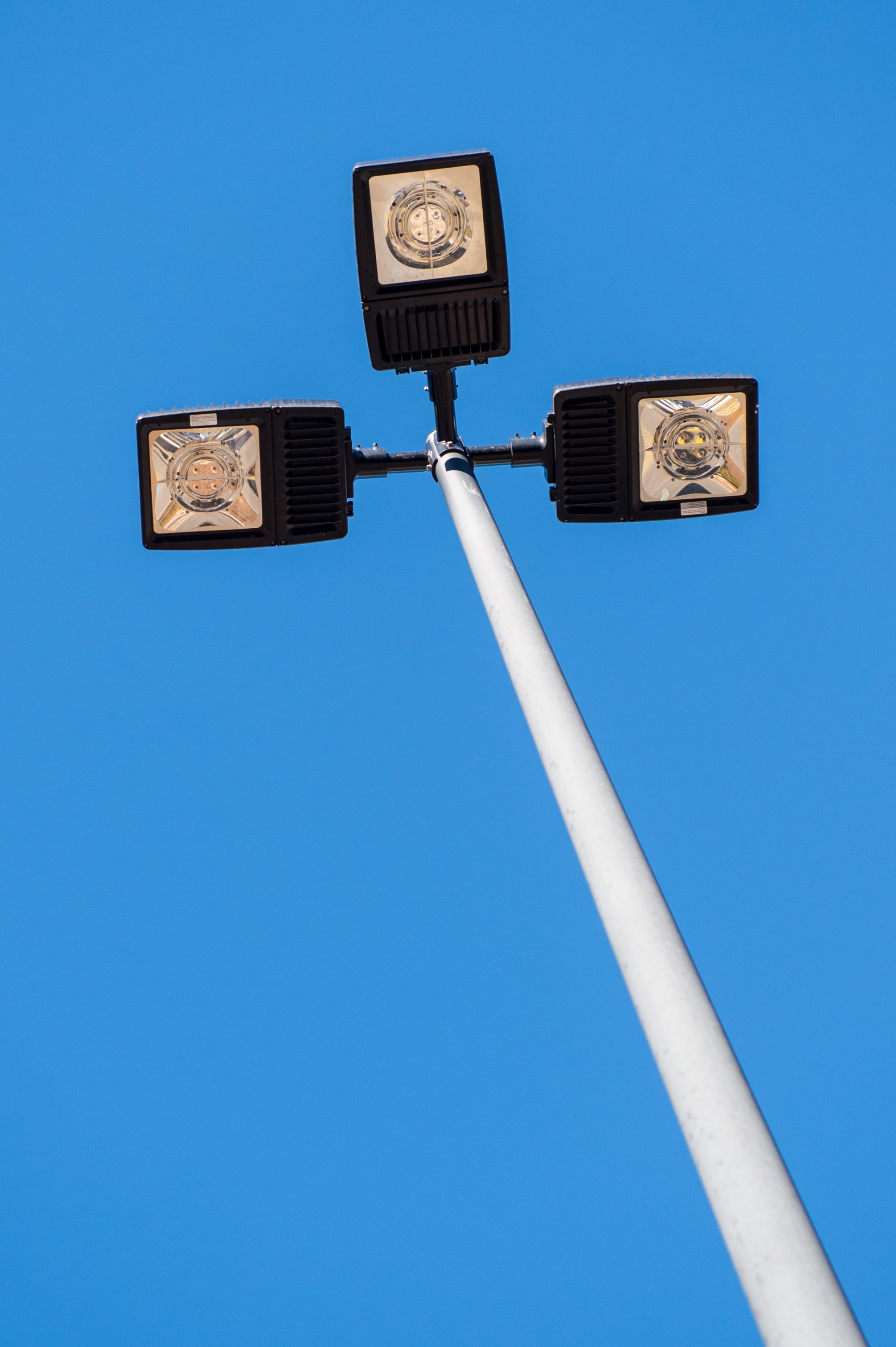 LED Exterior Wall or Pole Mounted Fixture