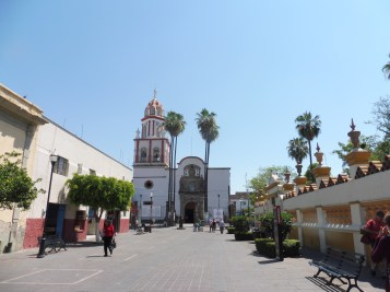 Tlaquepaque's plaza looking toward St. Peter the Apostle.