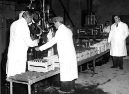 Bottling Machine Kilmessan mineral water factory December 1949