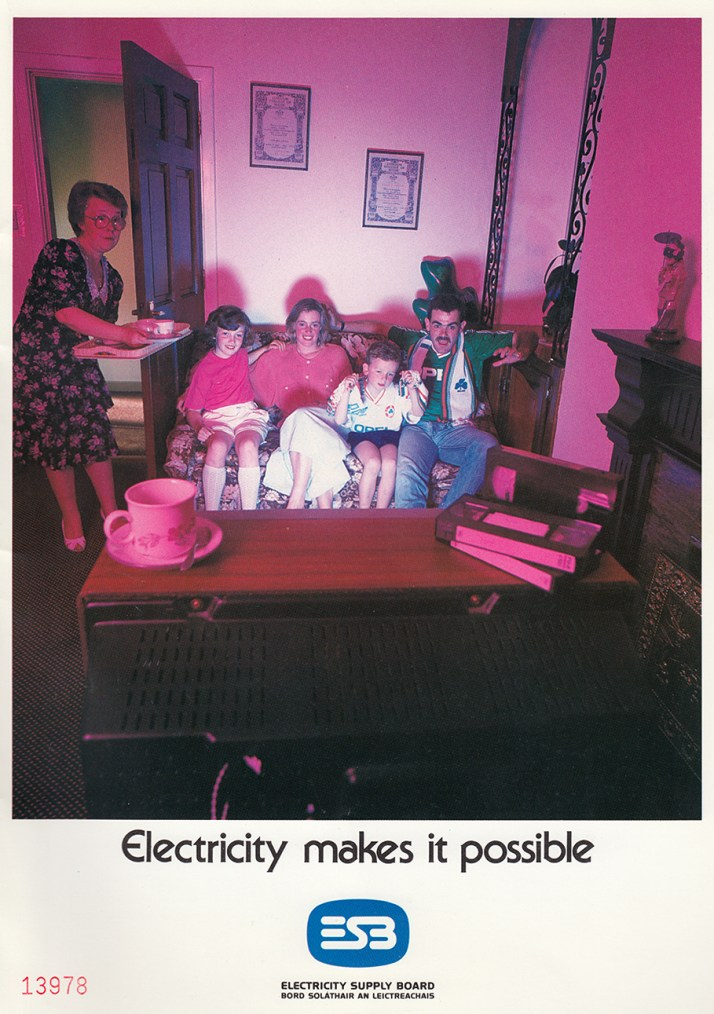 esb-advert-electricity-makes-it-possible-1993
