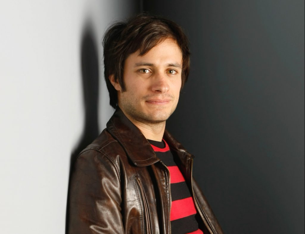 "Actor Gael Garcia Bernal of ""Rudo y Cursi"" poses for a portrait at the Gibson Guitar Lounge during the Sundance Film Festival in Park City, Utah, on Saturday, Jan. 17, 2009. (AP Photo/Mark Mainz)"