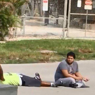 #CharlesKinsey: Dispara la policía a un hombre afroamericano indefenso, que cuidaba a un autista