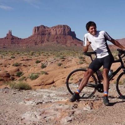 Recorre América en bicicleta