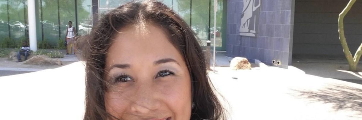 #ReadyToVote: Dulce Matuz cumple su sueño de ser ciudadana estadounidense