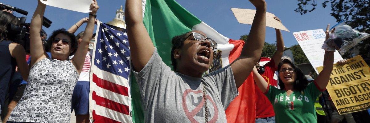 """#Contraataque: Miles reclaman a una sola voz en Boston: """"¡no al racismo!"""""""