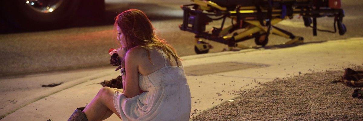 #PrayForLasVegas: Otra vez, un loco armado pone de luto a todo el país