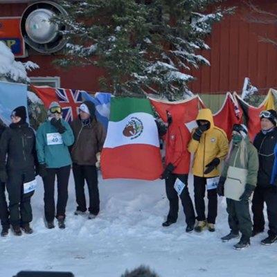 #SuperRamírez: Familia rarámuri arrasa en Ultramatón Oso Polar en Canadá
