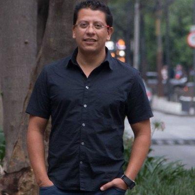 #Héroe: El doctor mexicano que se la rifó en África para contener la epidemia de ébola