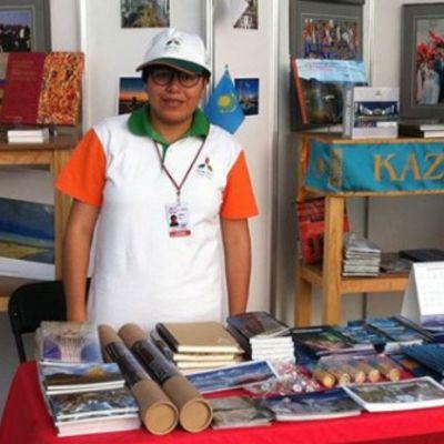 Estudiante mexicana en en inglés y en español, fue aceptada en la Universidad de Nazarbayev, en Astaná, la capital de Kazajistán