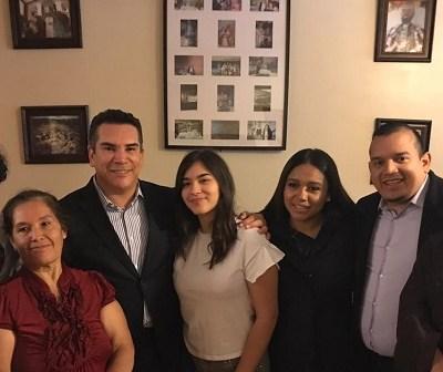 Se compromete Alejandro Moreno en apoyar a comunidades de paisanos en EUA