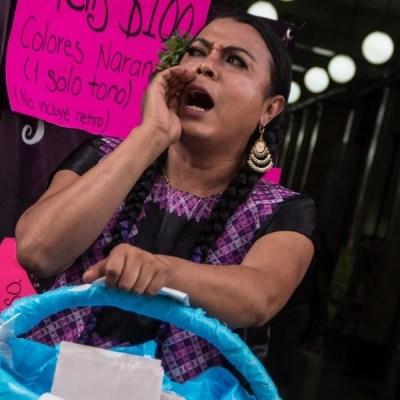 """Policías de la Ciudad de México despojan de su bicicleta a """"Lady Tacos de Canasta"""""""