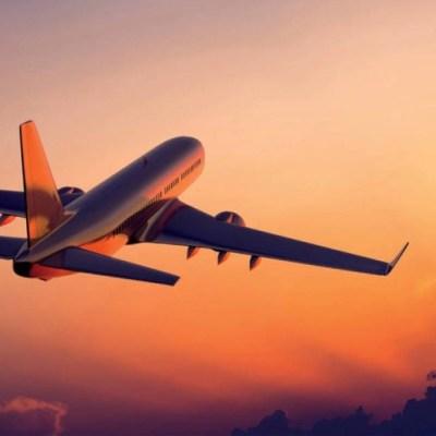 Canadá suspende vuelos a México y al Caribe hasta el 30 de abril