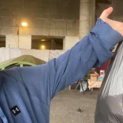 Hombre le compra todos sus tamales a vendedores ambulantes de Chicago