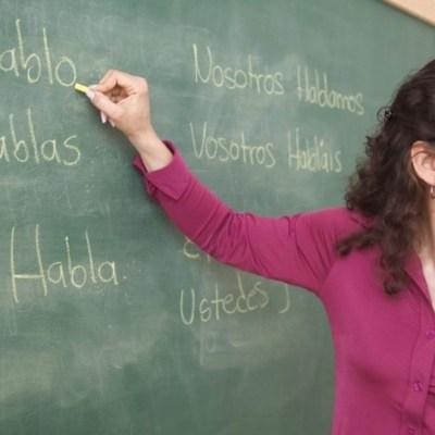 Buscan a maestros mexicanos para dar clases de español en EU