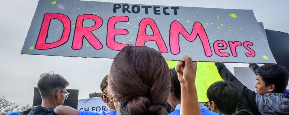 Cámara baja de EU aprueba proyecto para dar ciudadanía a 'dreamers'
