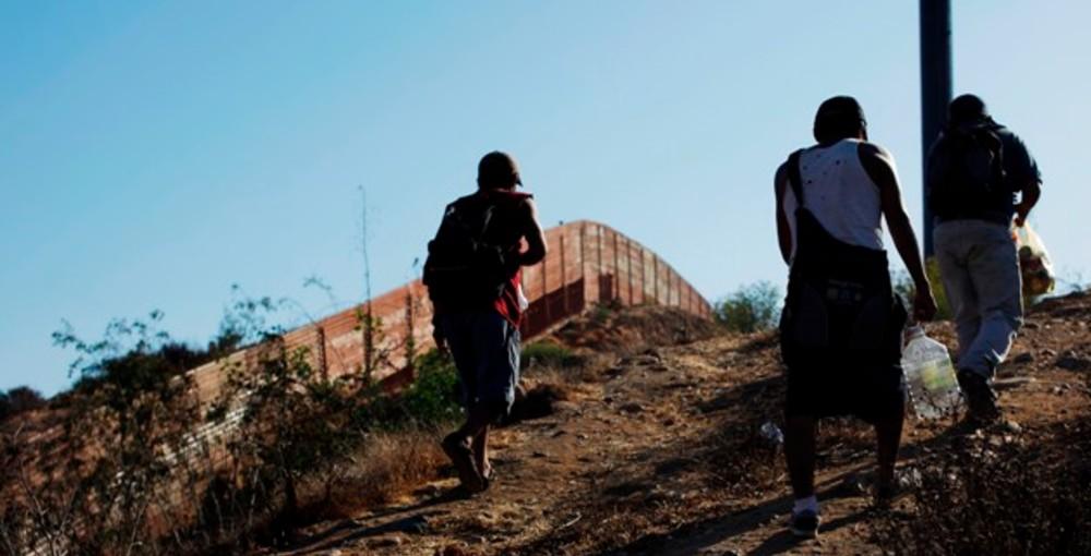 EU rompe récord de detenciones de migrantes en el mes de marzo