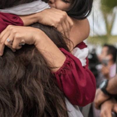 Mamás se reunirán con sus hijos tras años separados por política de Trump