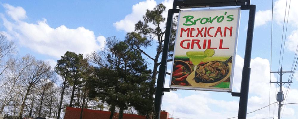 Detienen a dueño de restaurantes mexicanos por contratar a indocumentados