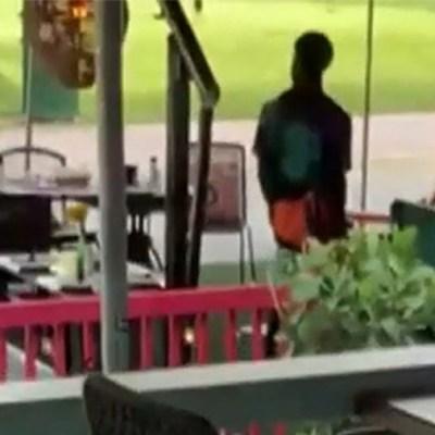 Mata a un turista en restaurante mexicano y baila junto a su cuerpo